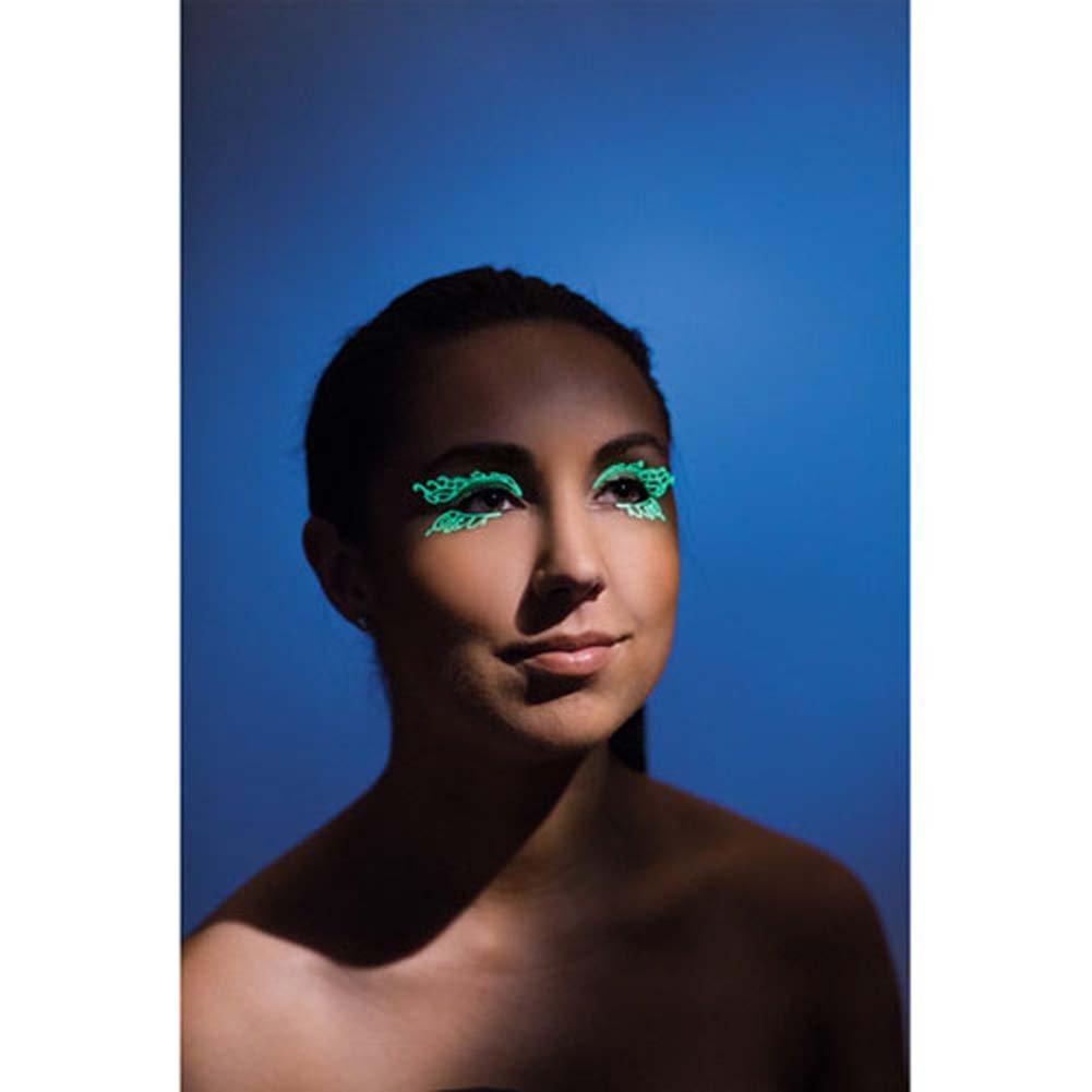 Lazer Cut Glow in the Dark Double Swirl Eyelashes - View #1